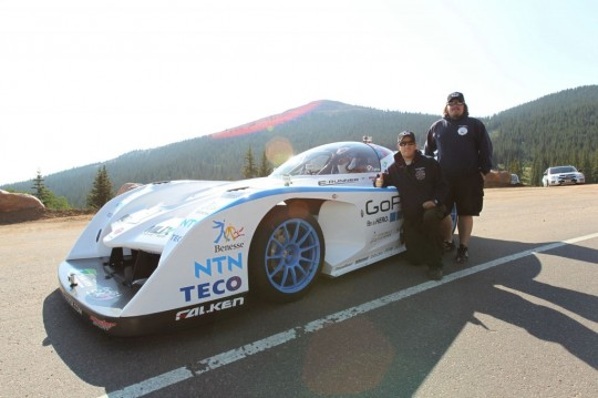 monster-tajima-in-the-sport-e-runner-electric-pikes-peak-car_100398498_l